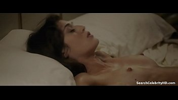 Lizzy caplan nude free - Lizzy caplan in masters sex 2013-2015