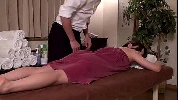 em vú to massage