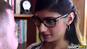 Check out her boob - Bangbros - mia khalifa is back and hotter than ever check it out