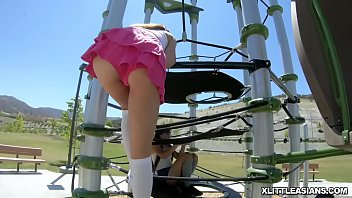 Elle Voneva gets dicked from behind while she eats Vina Sky! thumbnail
