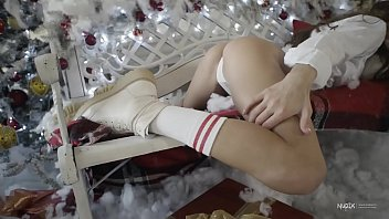 Skins tv teen Gloria sol christmas for nudex