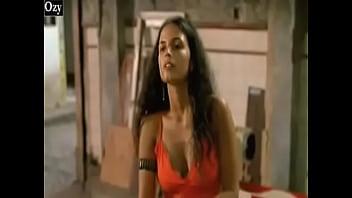 Emanuelle Araujo nude in Ó pai, Ó (2007)