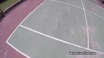Sucked by a broke babe at the tennis court