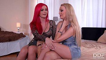 Big Tit Milfs Roxi Keogh And Amber Jayne's Deep Pussy Exploration