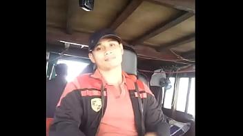Đẹp trai sục cặc to dài trên tàu biển