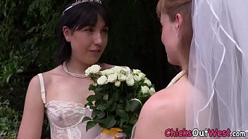 Australian bride tongued