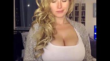 Mom on webcam - more videos on yourHotCam.com