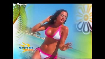 Betty Monroe Buenisima In Bikini Early 24feb07