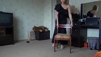legs show