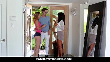 Familystrokes - College Bro Cums Home To Horny Sis (Aurora Belle)