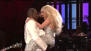 Lady gaga sex video Lady gaga - do what u want ft. r kelly live snl
