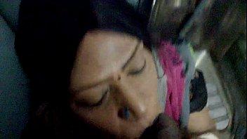 Aunty Blowjob In Train