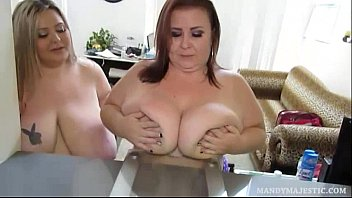 Sexy BBWS Have Fun Weighing Themselves