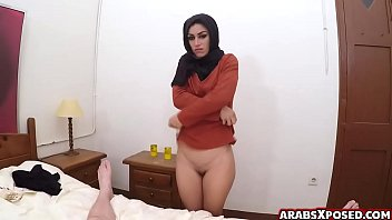 Muslim arab woman cries out loud porno izle
