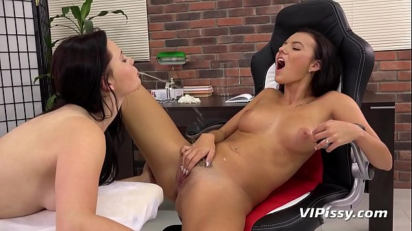 Piss Loving Teens Get Wet And Messy