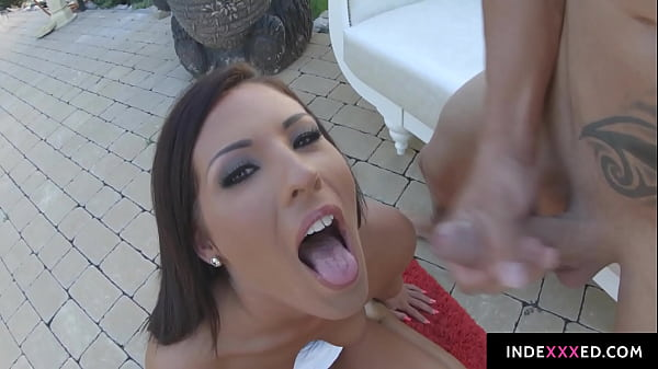 Maria Fiori gets her ass drilled gonzo style in anal scene