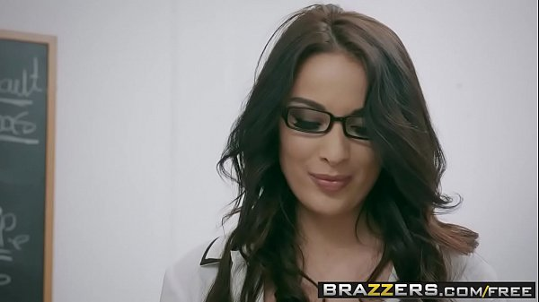 Brazzers - Big Tits at School - Romance Langua...