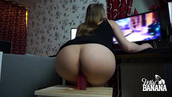 Horny gamer girl rides dildo, sucks and gets fu...