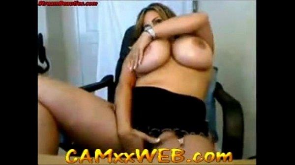 Huge B00Bs Webcam- Beanmachinereview.com