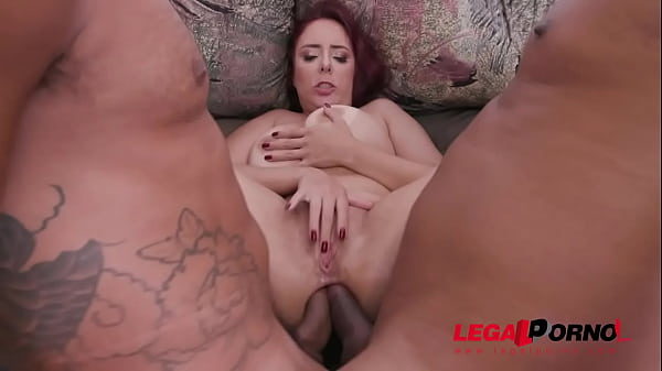 Busty milf Mary RedQueen gets her holes stuffed...
