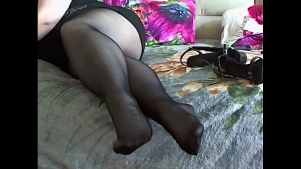 BBW Pantyhose Foot Play Thumb