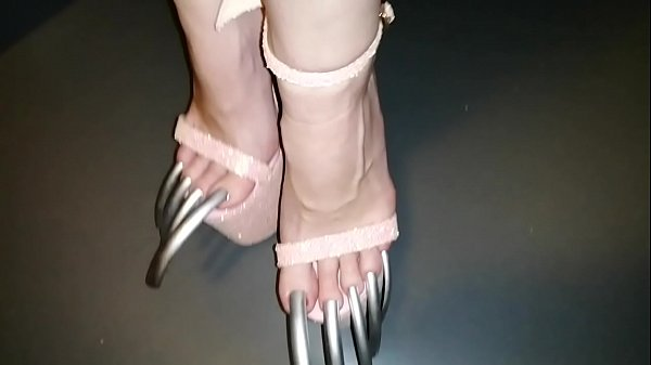 LADY L PINK HIGH HEELS MEGA LONG METAL NAILS (video short version)