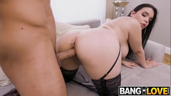 Busty Slut Sofia Lee Opens Up for ANAL