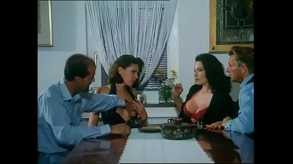 Video porno italiano cuckolding marito bella video