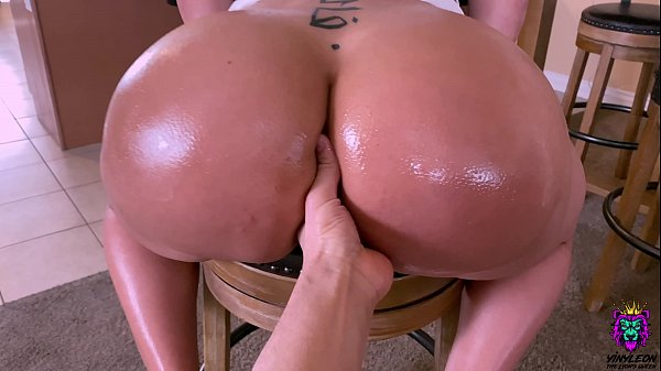 Big ass wife teased her brother in law and fuck...