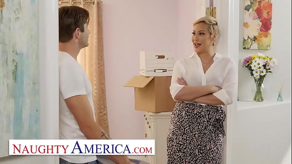 Naughty America - Ryan Keely Fucks her newly arrived room renter