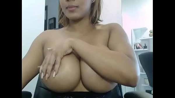 Hottest Latin chick showing free big boobs on cam