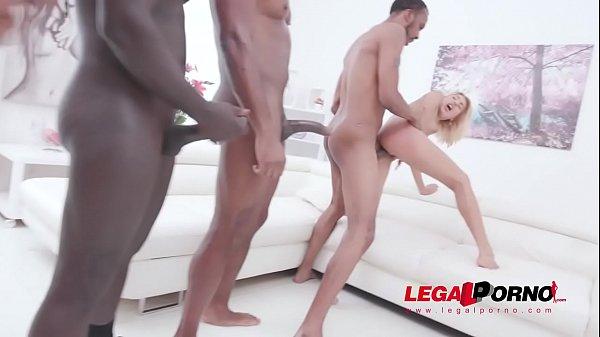 Porno online moglie Doppia penetrazione