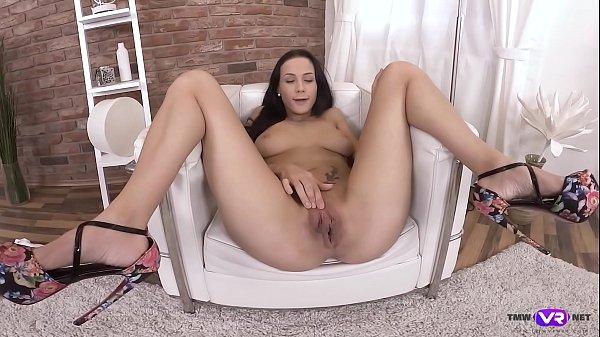 TmwVRnet.com - Nicole Love - Cutie checks her pussy