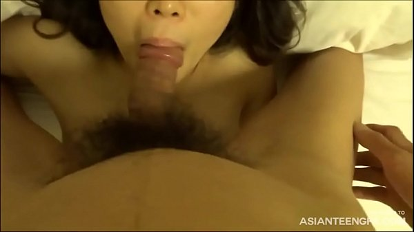 Cheating Korean MILF gets cum in mouth at Seoul hotel Thumb