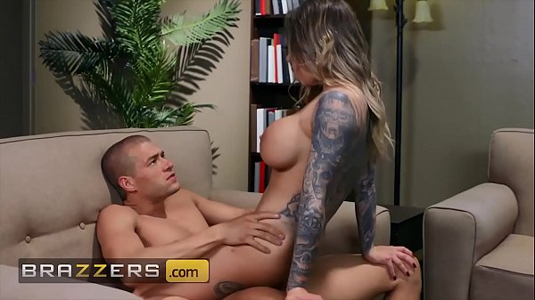 (Xander) has some slutty fun with gorgeous (Karma) - Brazzers