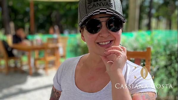 Cassiana Costa visita seus amigos em SP - www.cassianacosta.com