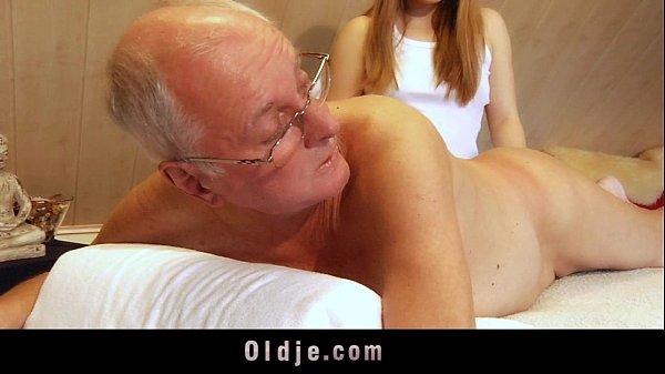 Teen masseuse fucking old customer deepthroat cum swallow