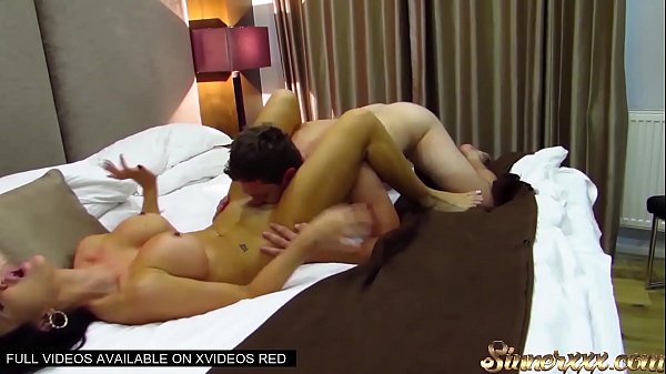 HOW TO EAT PUSSY - INSANE ORGASMS - INSTRUCTIONAL - FT JASMINE JAE - CANELA SKIN - AUBREY BLACK - KIKI MINAJ Thumb