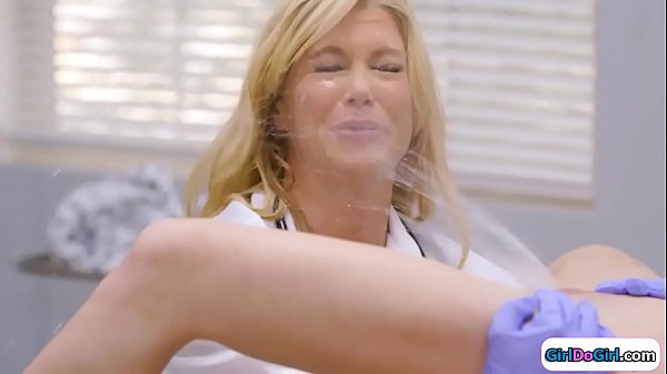 Unaware doctor gets squirted in her face