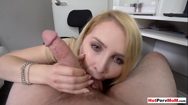 MILF stepmother helping out her big cocked stepson Thumb