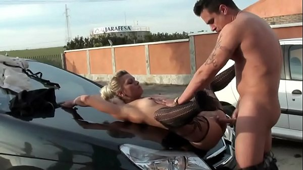Elvis and Amanda, two porn performer lovers that live and fuck around Sevilla