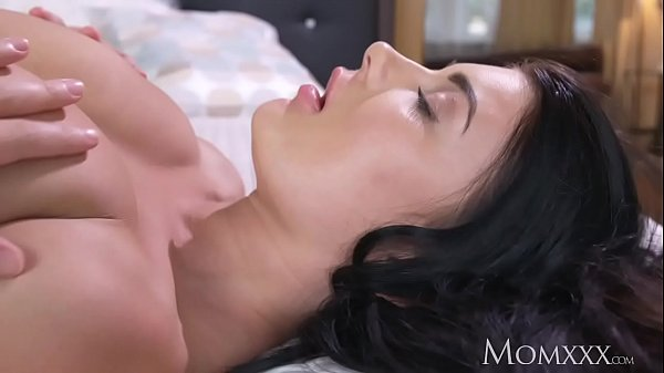 MOM Big natural tits babe face sitting on older...