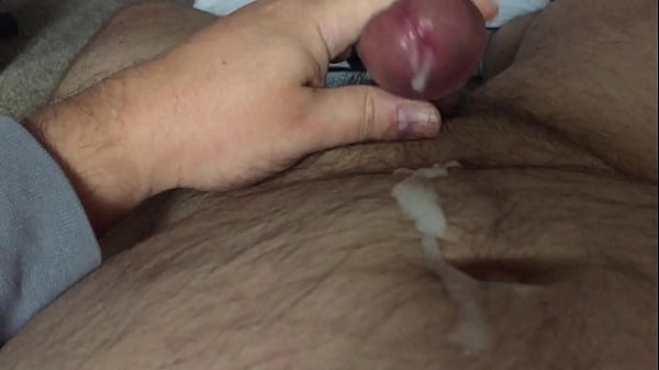Mom love to ride her husband and be filmed when she scream
