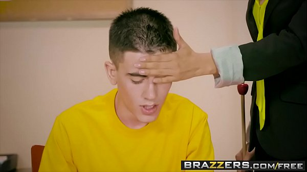 Brazzers - Big Tits at School - (Nino Polla) - A Tip To The School Nurse