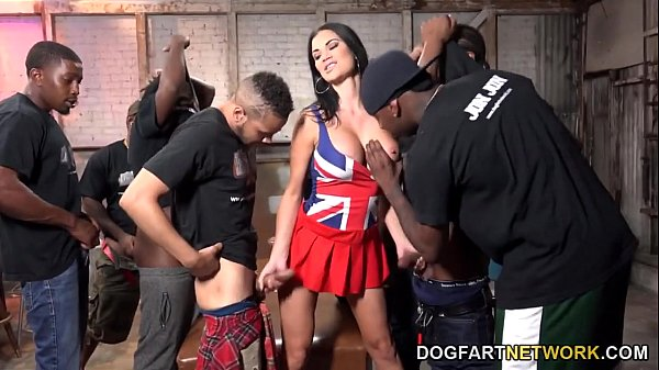 Jasmine Jae Gets Fucked And Bukkaked By Black Men