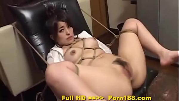 סרטי סקס Porn188.com – Subtitled bizarre Japanese BDSM anal play with enema