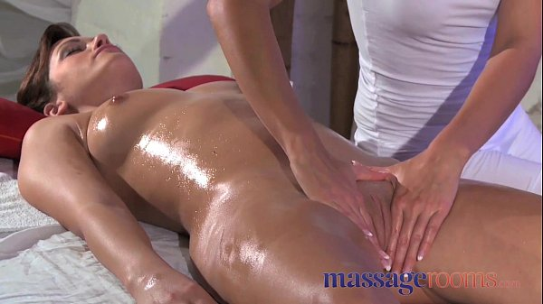 Massage Rooms Clit rub for her orgasm with mass...