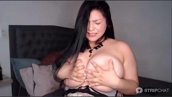 Big tits cam girl cums