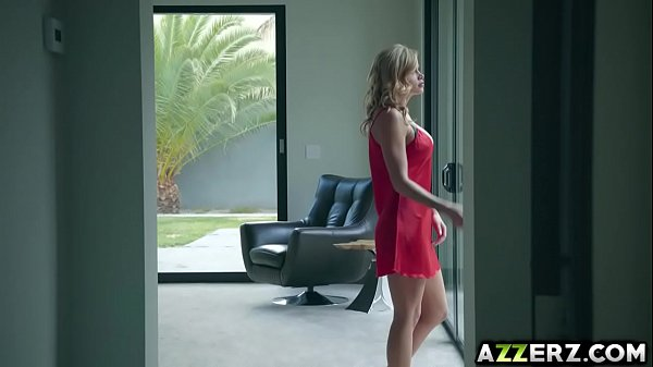 Busty wife Jessa Rhodes got pounded by her neighbor