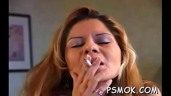 Smoking oral-job session